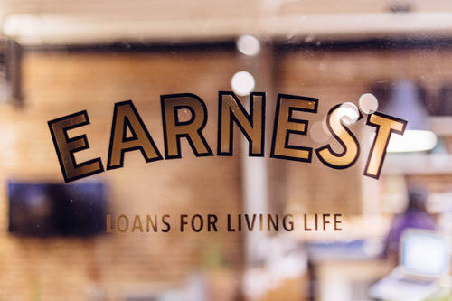 Can Meet Earnest save you from student loan despair? | Broke on Purpose| www.livebrokeonpurpose.com
